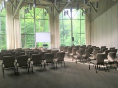 Half Schweitzer lecture set up_light